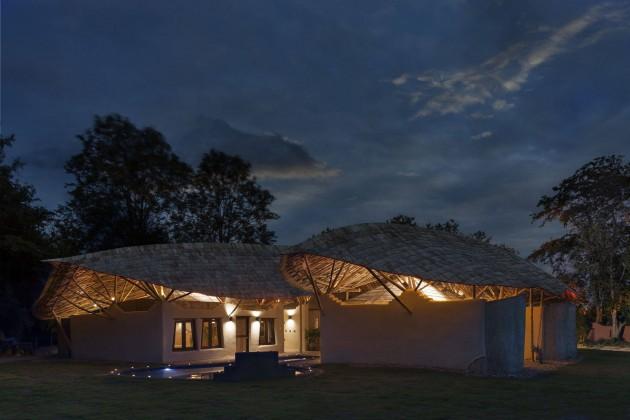 alberto cosi, sürdürülebilirlik,tayland,chiangmai life construction,trika evi,tropikal ev,organik mimari