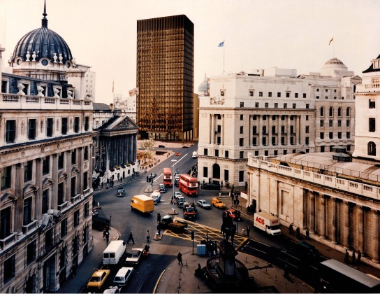 Mies van der Rohe, Mansion House Square