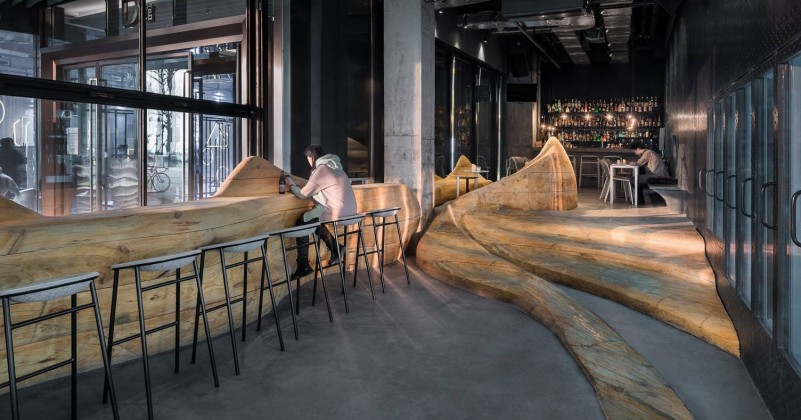 Daipu Architects, wood mountain, anti-domino, bar