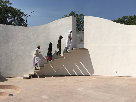 Jai Jagat Tiyatrosu,Sealab