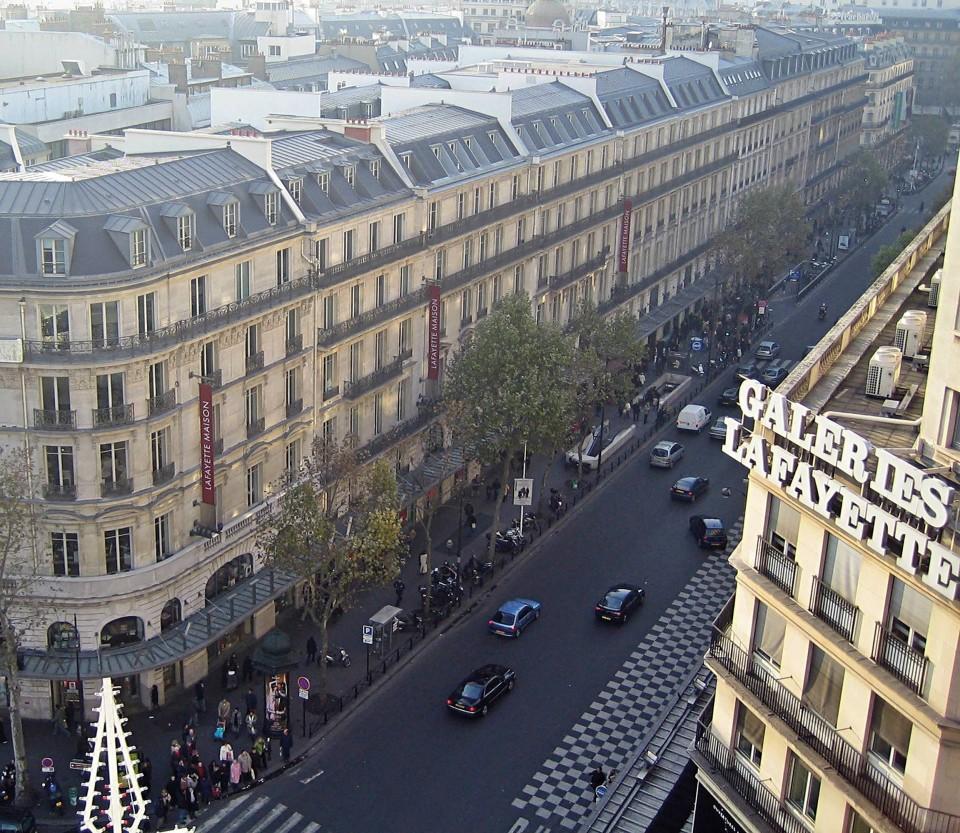 Haussmann Bulvarı, Paris